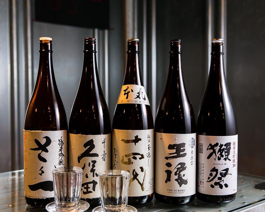 カクテルからウィスキー、日本酒に焼酎もある!種類が豊富です。
