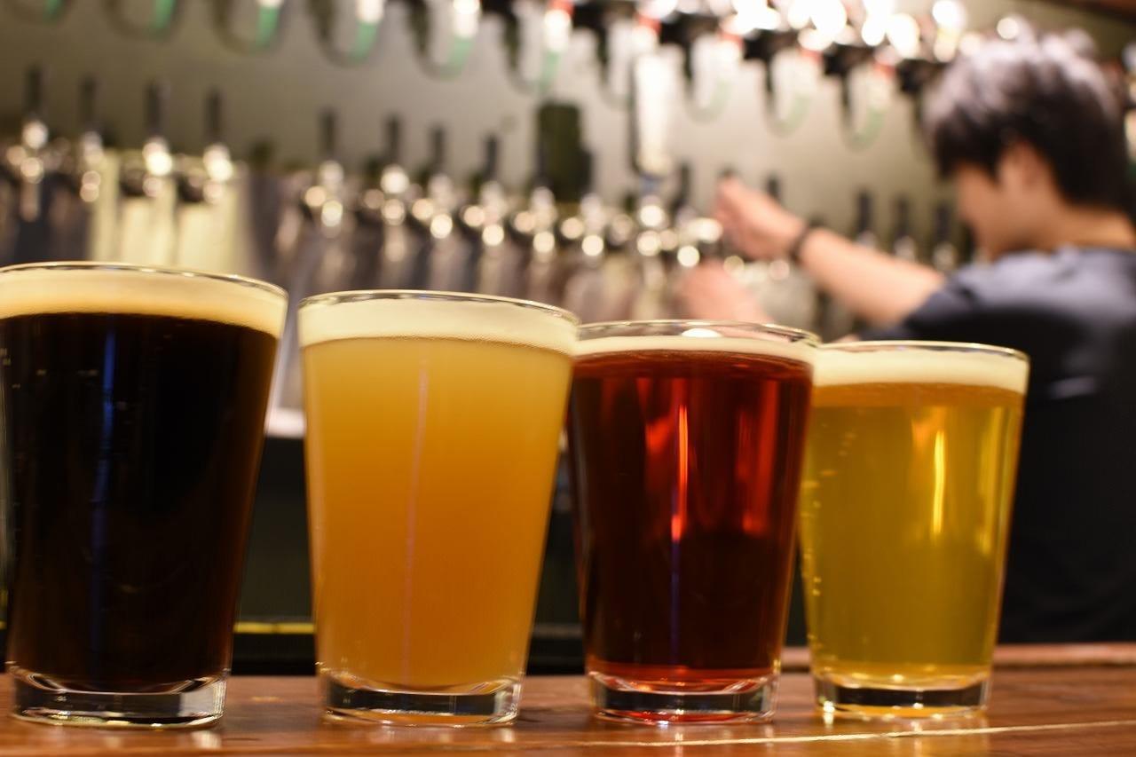 クラフトビールは常時20タップ!!
