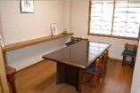2階テーブル席は8名様までご利用いただけます。
