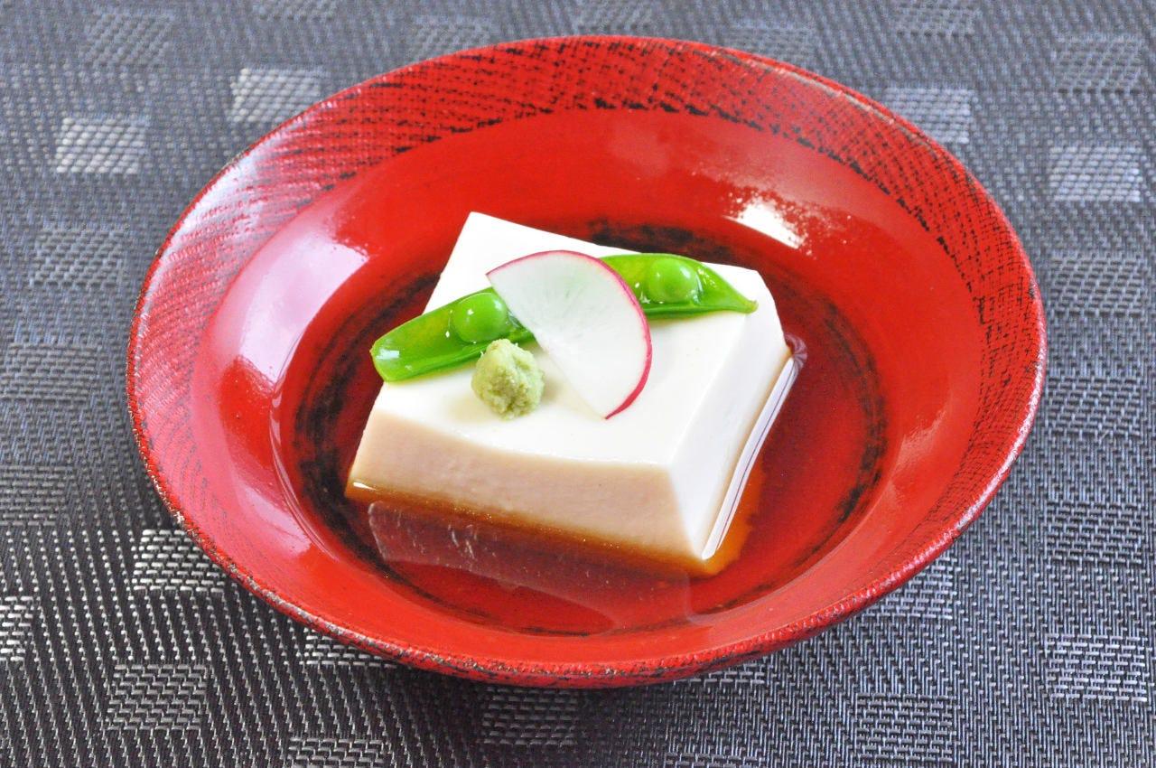 不動の人気! 胡麻豆腐