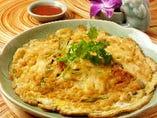 茸と野菜の蟹身入りタイ風オムレツ