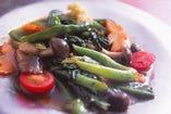 今週のシェフおすすめの野菜炒め