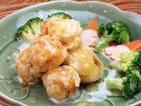 季節野菜とタイ風チリハーブマヨネーズ炒め