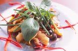 海鮮のタイ風味噌炒め