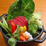 色鮮やかな野菜たっぷりバーニャカウダ