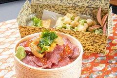 北海道直送、特選生ウニとサーロインローストビーフのう肉丼