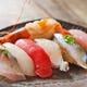 お寿司の盛合せ・単品でのご注文も可テイクアウトも可能です。