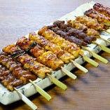 定番やきとりをはじめ、肉巻串などリーズナブルな串モンが充実!