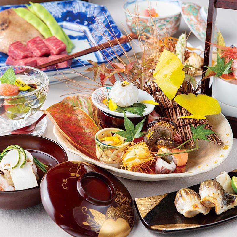 旬のお魚や野菜を使い季節感 溢れるコースをご提供致します。