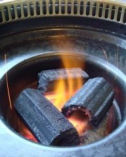 当店は、すべて炭火焼き。美味しい焼肉をお召し上がり下さい。