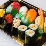 市場から仕入れる鮮魚を使用