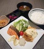 チキン南蛮とお魚定食