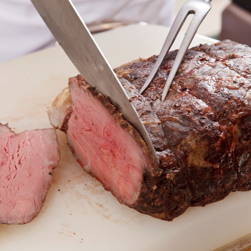 【ディナーブッフェ】料理人がお皿に盛ってお渡しするオーダーブッフェ形式で安心安全にお楽しみください