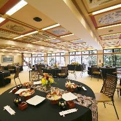 賀城園最大の大広間。披露宴や懇親会など大型のパーティーに人気