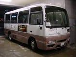 25人乗りマイクロバス