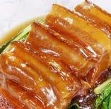 7、やわらか豚肉角煮の青菜添え