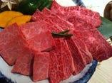当店のお肉は『A4ランク黒毛和牛』を使用しております!