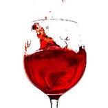 リーズナブルで豊富なワインが特におすすめ