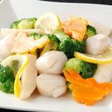 帆立と野菜の黒胡椒カキソース炒め