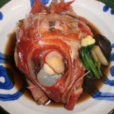 豪快な金目鯛の煮付けで贅沢な夜を