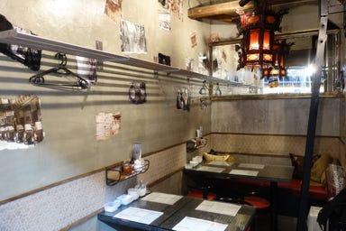 香港バル213  店内の画像