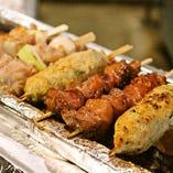 岩手ブランド『地養鶏』の炭火焼は絶対食べてほしい一品です。