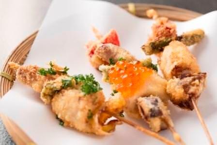 旬の魚と野菜の串揚げ