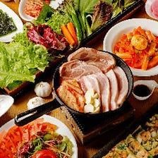 120分飲み放題付!選べるサムパセットに女性に人気の韓国料理が勢揃い『女子会コース』全8品