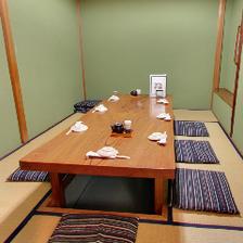 6~8名様でご利用可能なゆったり個室