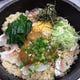 自慢の海鮮を使用した店主こだわりの創作料理も豊富。