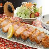 厚切りロースカツ(200g)定食