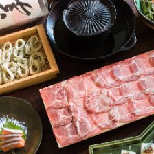 牛タンすき焼きしゃぶしゃぶが味わえる『牛タン鍋と鮮魚盛りコース』全11品(料理の銘々対応可)