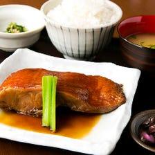 《限定10食》【ランチ限定】金目鯛の煮付け定食