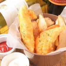 伊勢湾の魚でフィッシュ&チップス 「天然の鯛やスズキ、ヒラメで仕上げてますジャンクフードと違います」