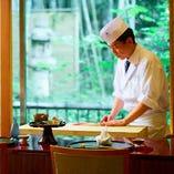 【和食を極めた職人技】 伝統ある上方料理をお楽しみください