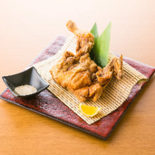 当店名物『ひな鶏の半身唐揚げ』