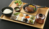 【ランチ】鉄板ハンバーグ デミグラスソース