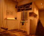 ブランコ、可愛い個室等、遊び心満載♪女子会に最適!