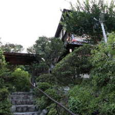▼古都・鎌倉の伝統的な古民家