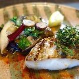 産直鮮魚とホタテのソテー ジェノベーゼソース