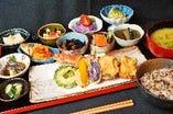 ランチ 一日に必要とされる30品目の食材を楽しめるランチ