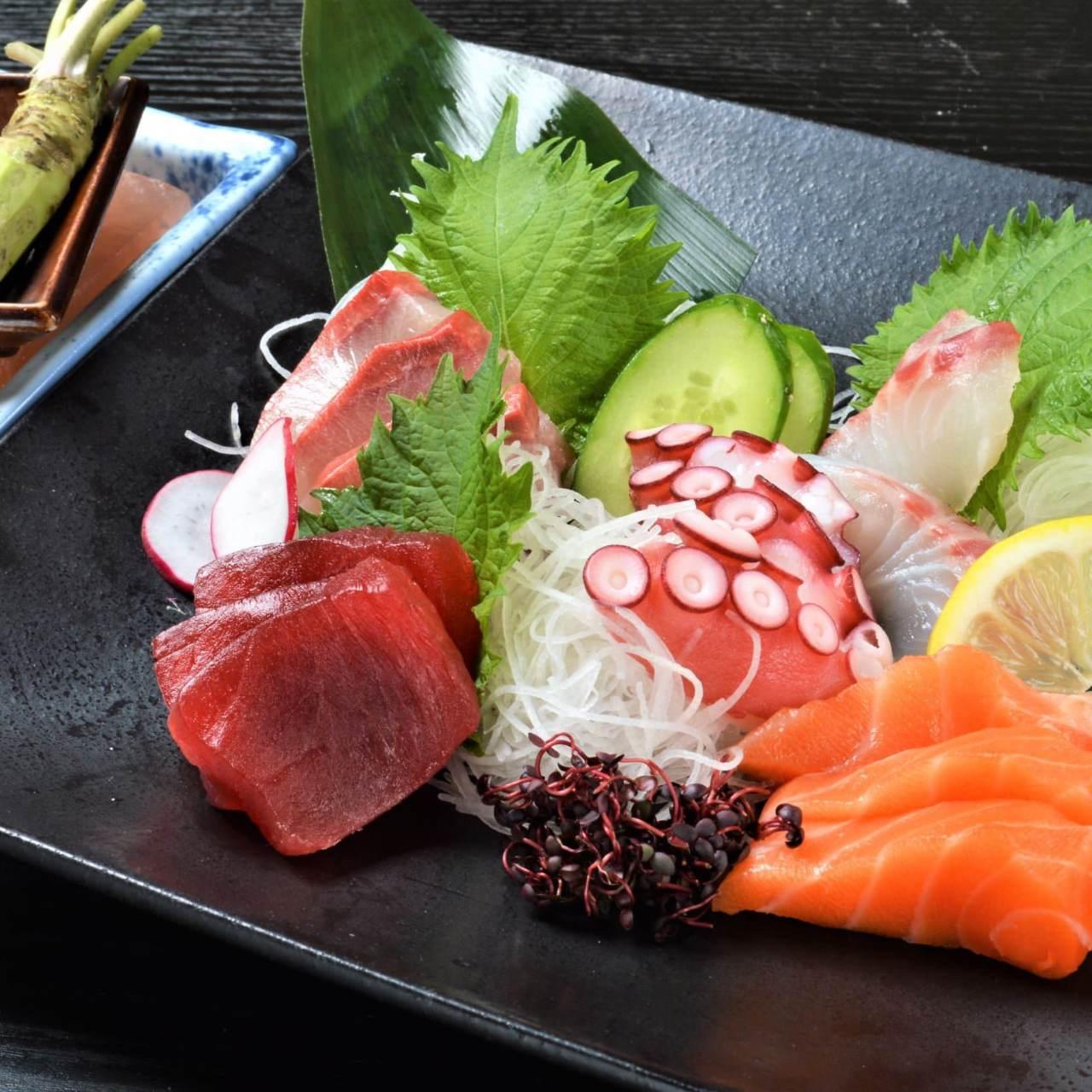 すべてのコースにその日のおすすめの鮮魚をお出しします!