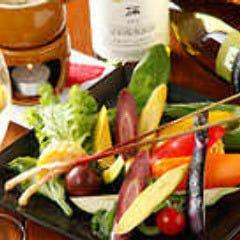 朝採れ!農園野菜の肉味噌バーニャカウダ