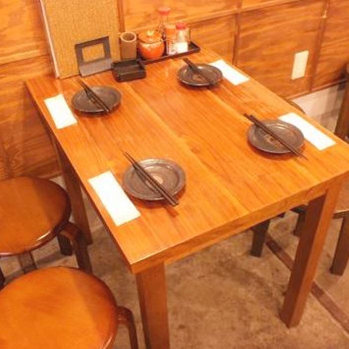 テーブル席・8名様まで