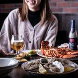 リッチなデートにも最適な牡蠣とロブスター食べ放題