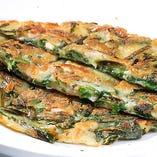 ニラチヂミ(Green Onion Pancake)