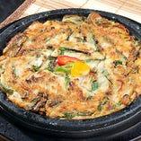 韓日館チヂミ(Kannichikan Pancake)