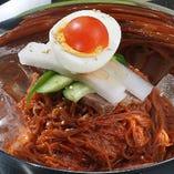 ビビン冷麺(Mixed Noodles)
