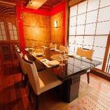 韓国の伝統美を感じる落ち着いた雰囲気の完全個室(4名様~8名様)