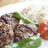 トルコ料理の肉料理は一度食べたらヤミツキになる美味さです!